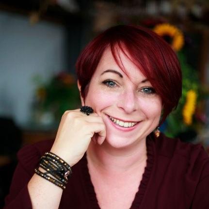 Maria Elliott, HR Associate, (BA (Hons), MCIPD)